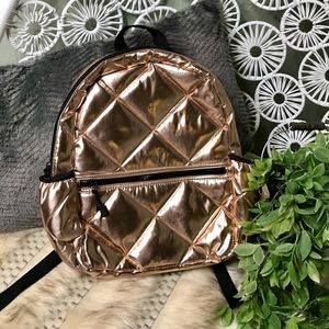 NWOT Mossimo rose gold & black quilted backpack